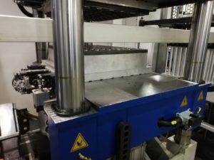 Thermoforming roll machine.